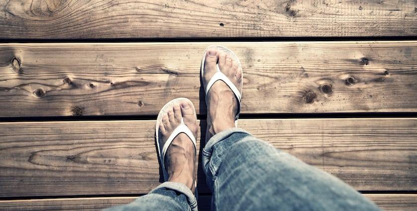 eviter-verrue-sous-le-pied
